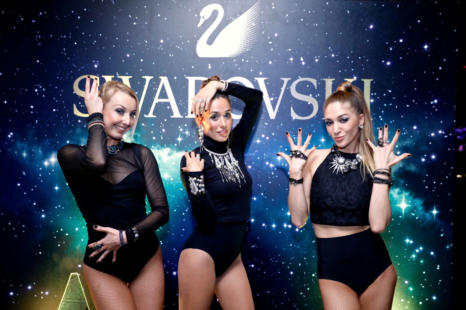 swarovski-performers
