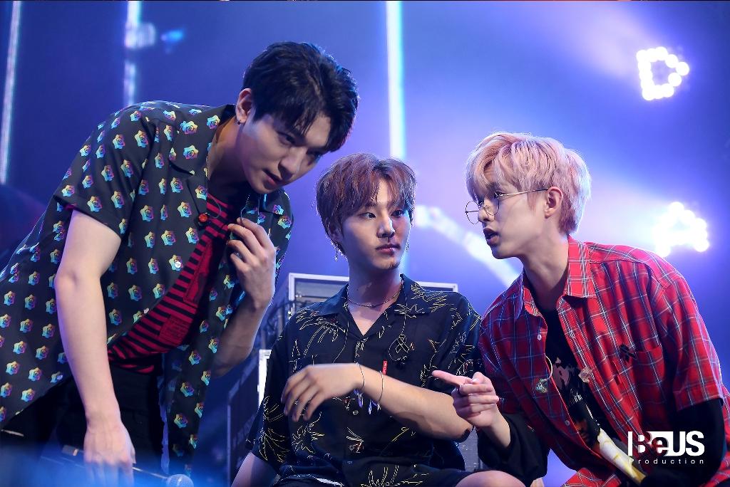 DAY6 LIVE & MEET IN BANGKOK 2017_014