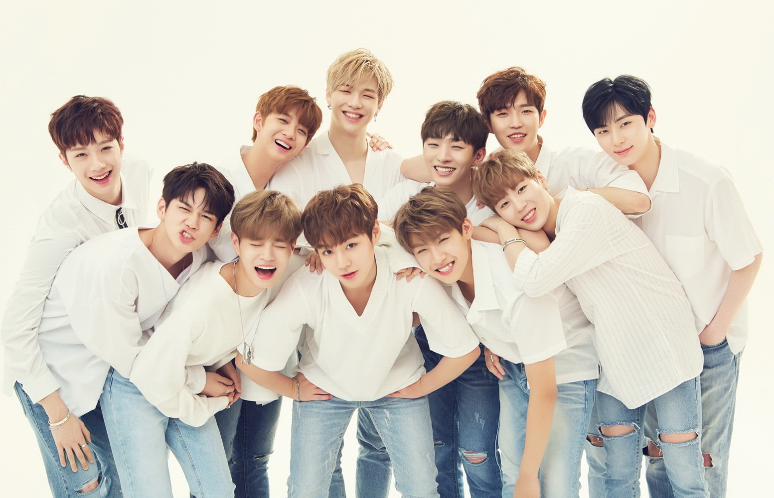 [Official Group Photo] WANNA ONE for 411 PRL1