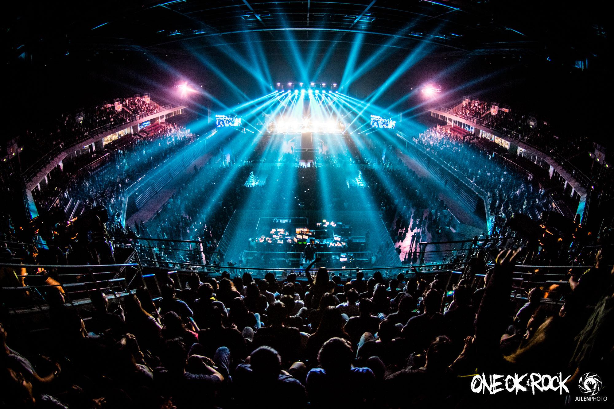 ONE-OK-ROCK-180118-Asia-Tour-Bangkok-Behind-Scenes-by-JulenPhoto-003