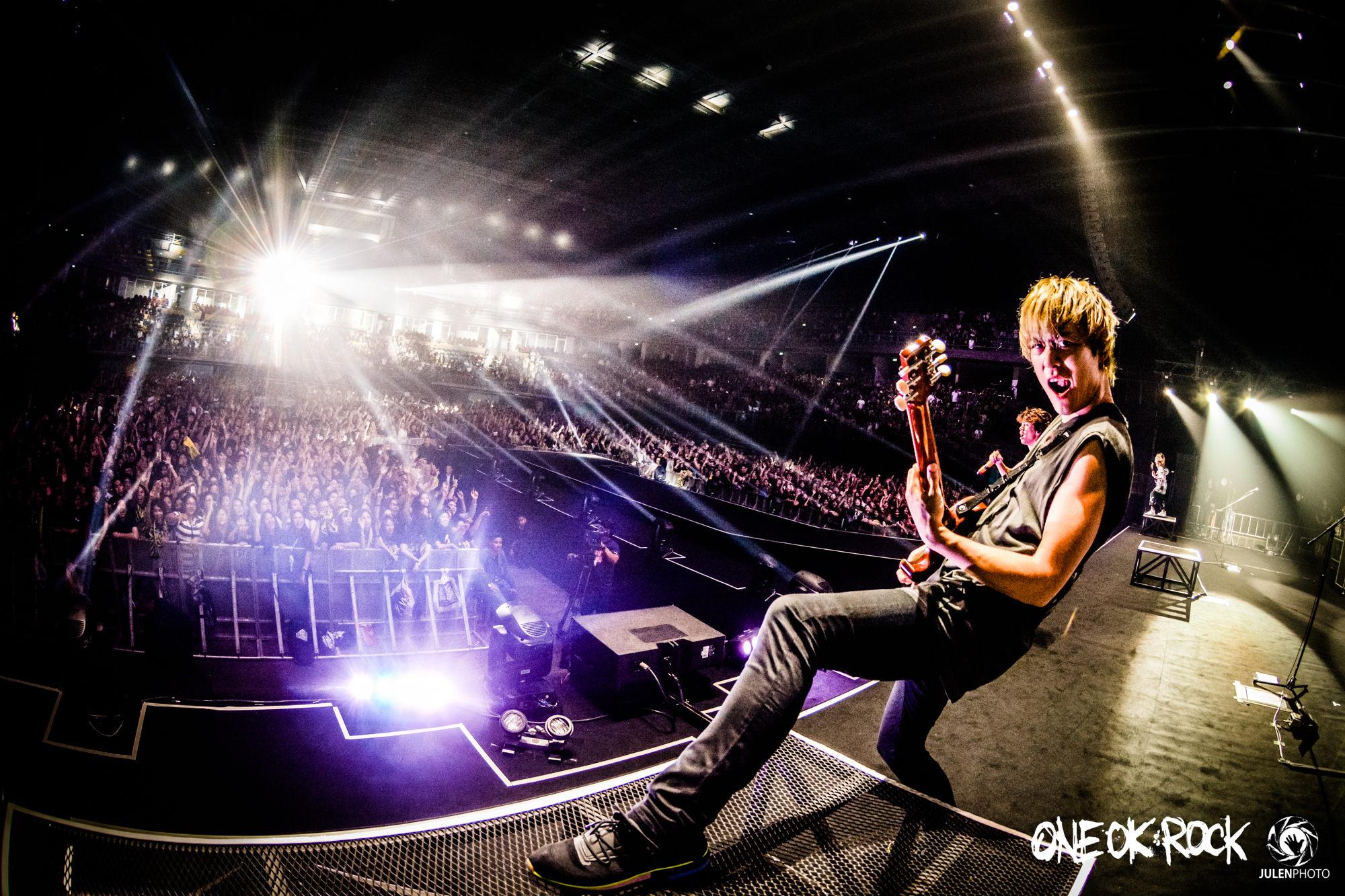 ONE-OK-ROCK-180118-Asia-Tour-Bangkok-Behind-Scenes-by-JulenPhoto-017