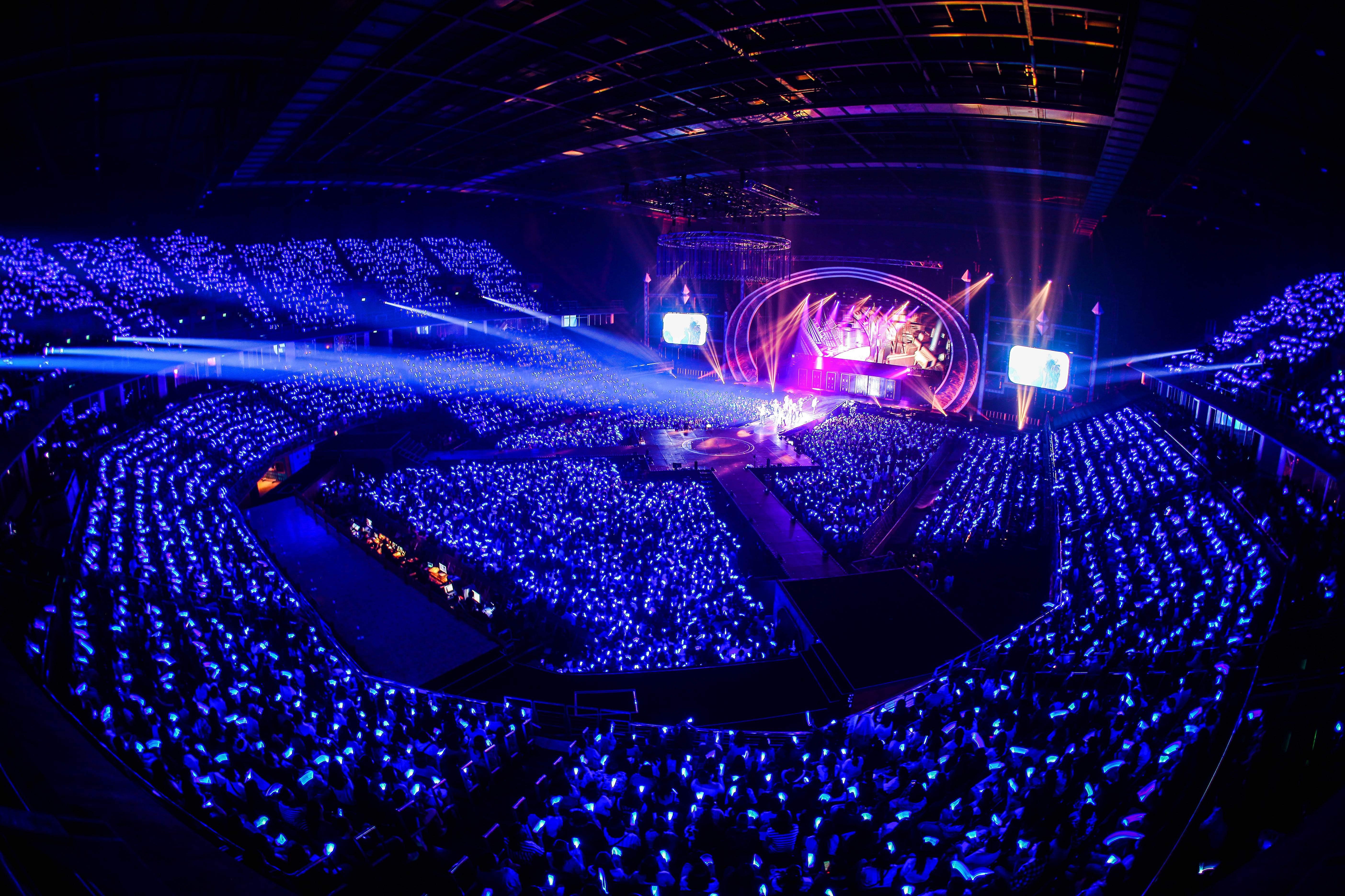 SUPER JUNIOR WORLD TOUR ìSUPER SHOW 7î in BANGKOK